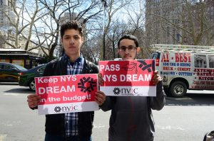 Students rally at 250 Broadway and call on Governor Cuomo, Speaker Carl Heastie, and Senate Leader Dean Skelos to keep New York State DREAM in the budget